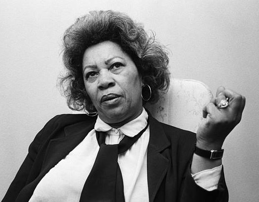 a biography of toni morrison the first black woman to receive nobel prize